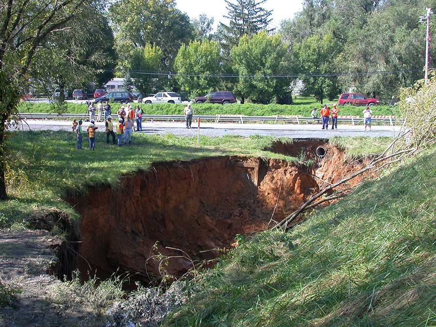 Sinkholes: When the ground collapses!