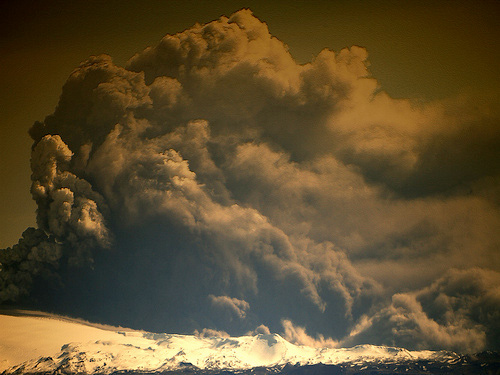 Will the 2010 volcanic eruption in Iceland lead to a change in global weather patterns?